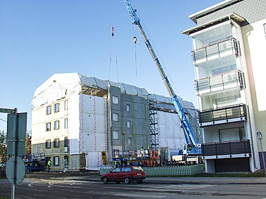 Teeri-Kolmio: Betonitalojen julkisivujen korjauselementit. Innova-projekti, Riihimäki